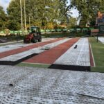 Renovatie tennisbanen LTV de Grensmeppers in volle gang